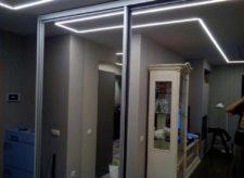 Зеркальный шкаф-купе 2